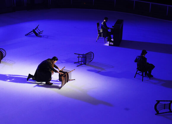 Figure Skating with Projection Mapping on Ice. Winterreise's New Journey - Bel Canto Signers's Wintereise on Ice