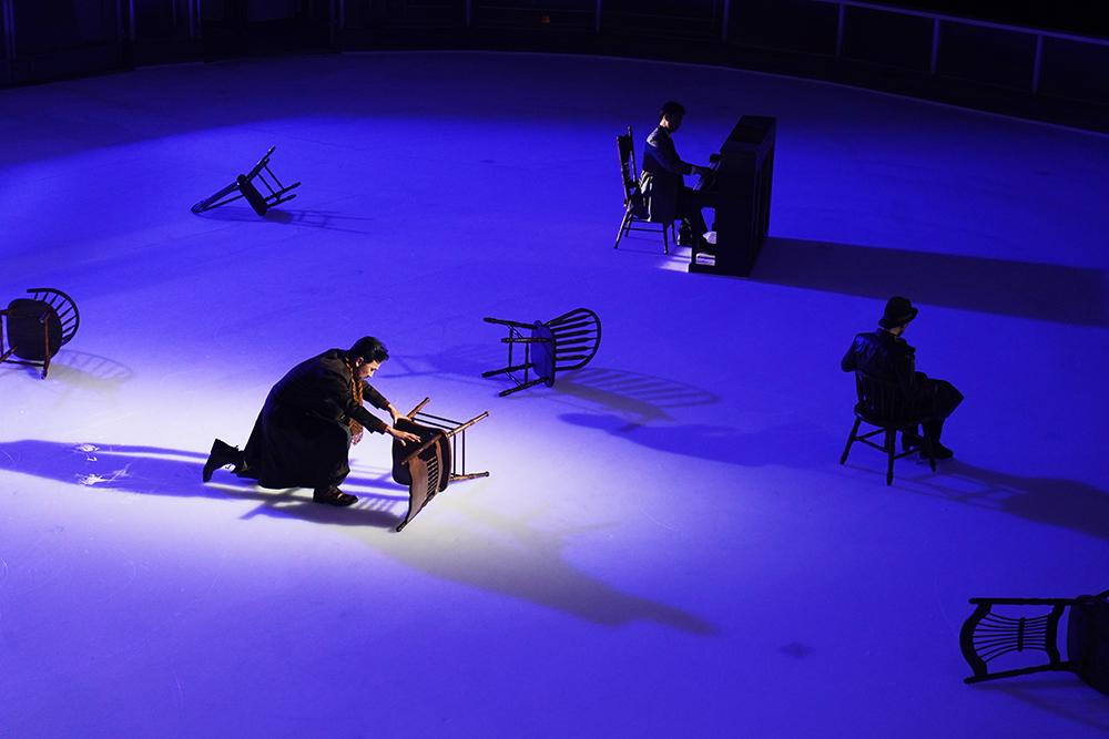 大型光雕投影 冰上飛舞  舒伯特聯篇歌曲《冬之旅》變身 - 美聲匯《冰上〈冬之旅〉》